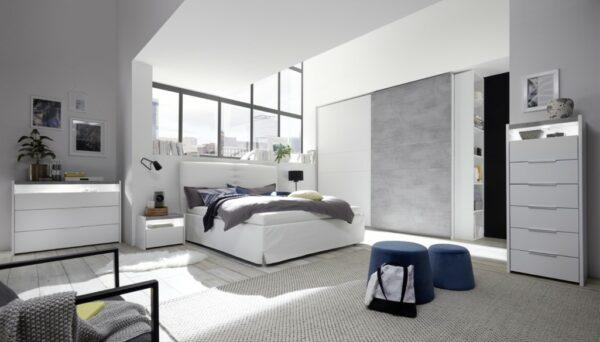 ama camera bianco opaco e cemento